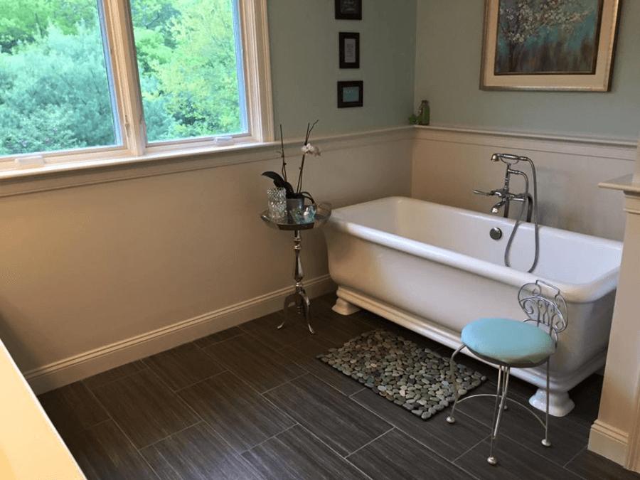 soaking-tub